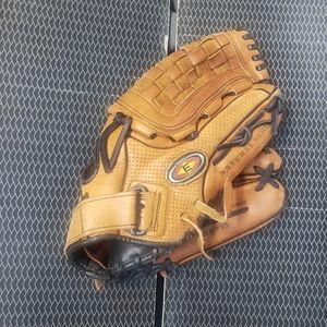 Easton Natural Series glove